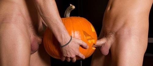 Joyeux Halloween à tous les mecs avec xxxenligne.fr