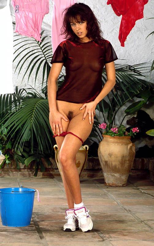 salope brune gros seins