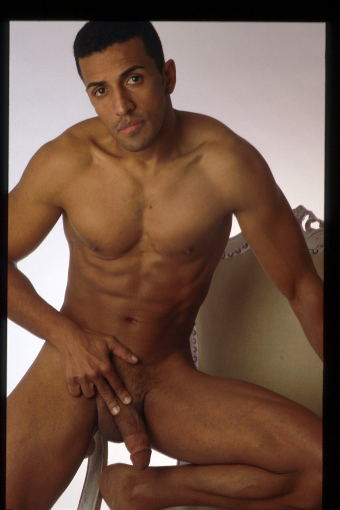 photo gay nu escort corse