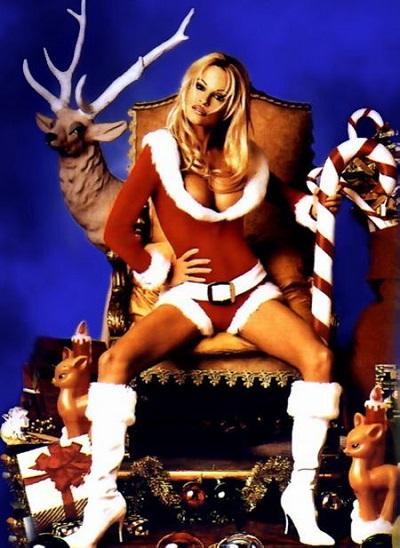 Pamela Anderson en Mère Noël sexy xxxenligne.fr